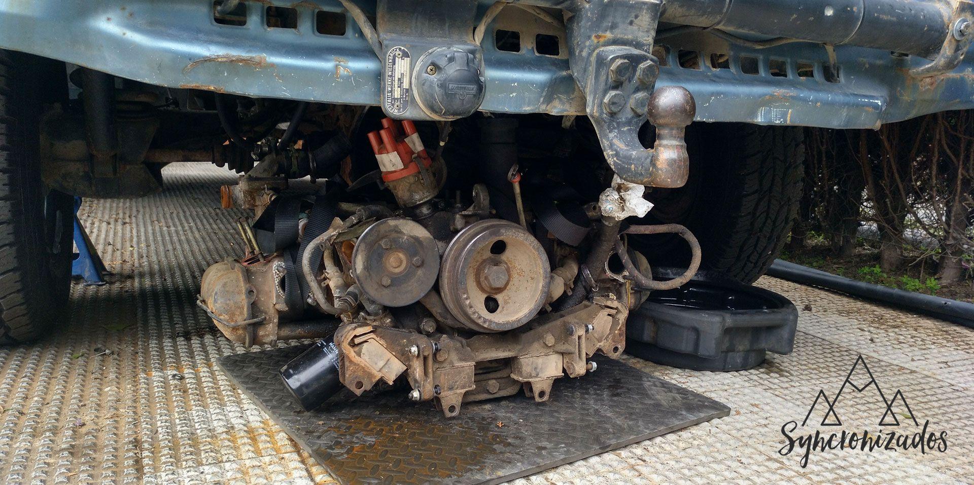Motor en el suelo