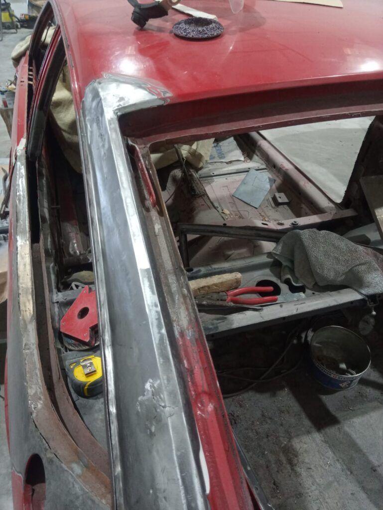Restaurar coche clásico
