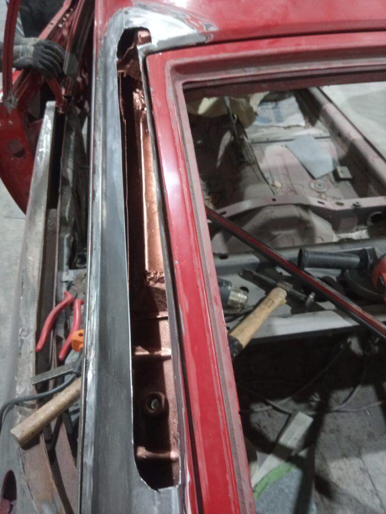 Trabajos de chapa y pintura en Valencia sobre coches clásicos